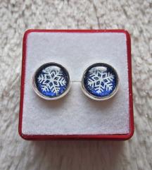 Naušnice ''Blue/white snowflakes'' (ručni rad)