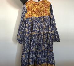 zara haljina s cvijetnim uzorkom