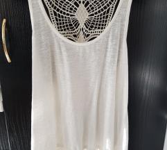 Bijela C&A majica sa čipkom