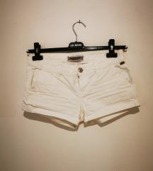 Vruće hlačice, bijele 34