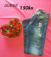 GUESS traperice