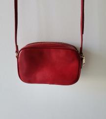 Pullandbear crvena torba