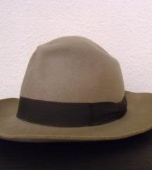 Retro šešir