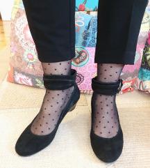 TAMARIS crne kožne cipele Vel. 37