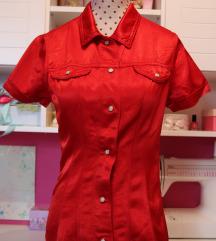 Uska crvena košulja 🎸