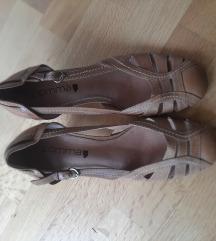 Comma sandale novo % %%