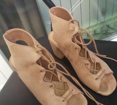 Stradivarius sandale 36
