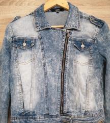 Kratka traper jaknica