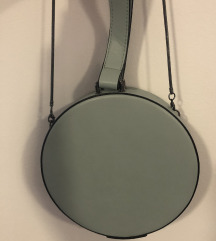 Reserved okrugla torbica