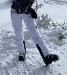 Bijele skijaške hlače