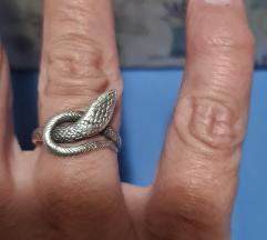 Srebrni prsten zmija