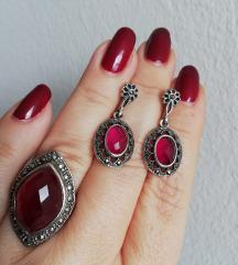 Prsten i naušnice
