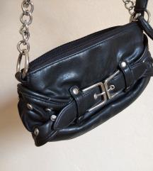 Crna torbica s remenom