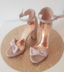 Svečane cipele Štikle