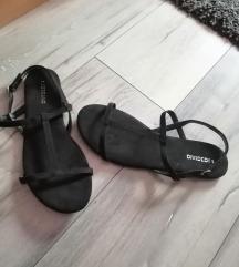 Divided sandale 80 kn