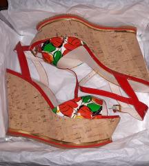 Nenošene Loriblu sandale