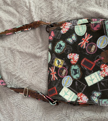 Nekorištena torba na jedno rame