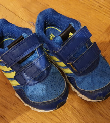 Papuce i tenisice
