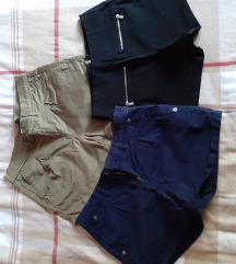 Lot kratkih hlača 32 veličina
