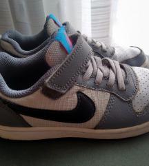 Nike tenisice, broj 30, 18,5 cm