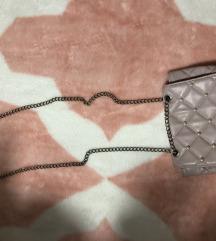 Lila torbica sa biserima
