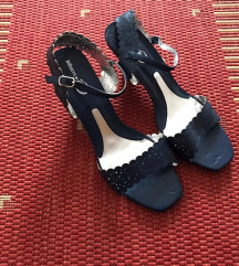Differente plave sandale