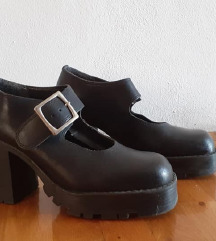 Ženske crne goth stil cipele,  prava koža 39.br