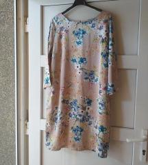 Svilenkasta preslatka  cvijetna haljinica 38