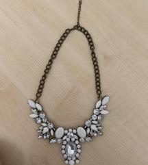 Bijela ogrlica