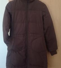 smeđa ženska jakna