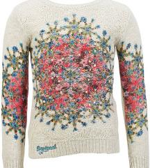 Desigual pulover