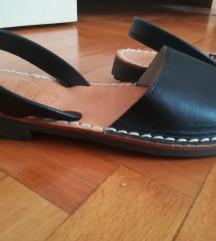 rezz..Novo! s'avarca sandale - br. 38