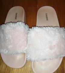 Roze sandalice