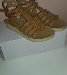 Yamamay sandale 38,boja konjaka