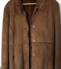 Smeđi kaput Dromedar