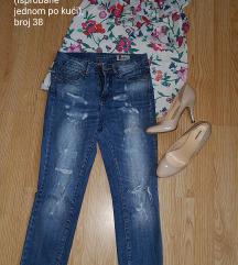 Lot bluza, traperice, cipele