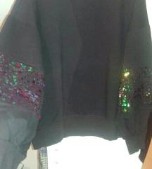 Crna majica sa sljokicama - rasprodaja!