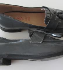 NOVE sive lakirane cipele