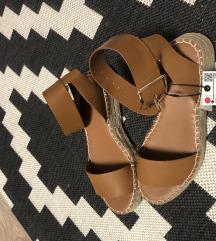 Zara sandale nove 37-38