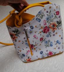 Novo! Prava koža - torba i ruksak 2u1