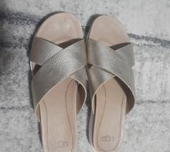 Ugg Nove Sandale