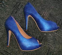 Plave štikle