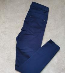 Reserved plave hlače