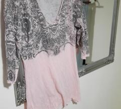 Puder roza majica sa srebrnim šljokicama%