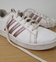 Tenisice Adidas br 36