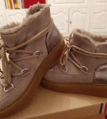 Nove krznene cizme