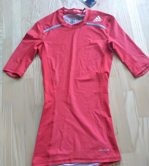 Nova original Adidas majica pt gratis