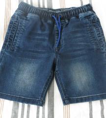 Next jeans kratke hlače 134 cm