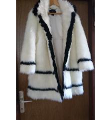 %%350kn predivna crno bijela bunda bundica zimska