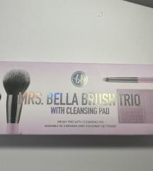 MRS. BELLA BRUSH TRIO BH COSMETICS